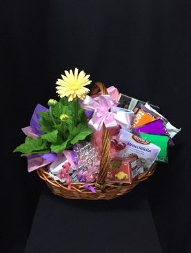 95 - Cottage Basket & Flowers
