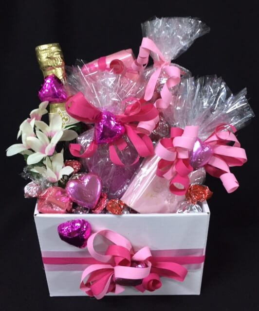 Gift baskets for her archives baskets of delight gift baskets for her negle Gallery
