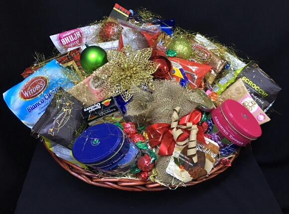 Baskets of delight 37 deluxe wine festive hamper negle Images