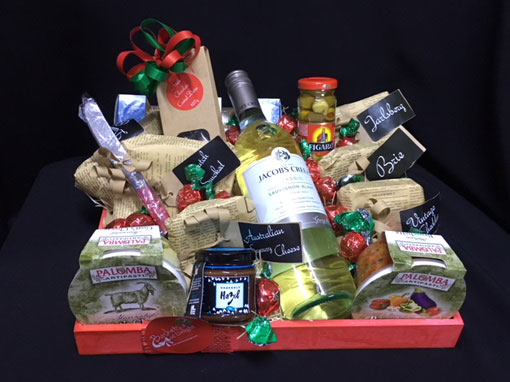 Baskets of delight 12 gourmet fresh cheese negle Images
