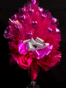 14 - Vintage Sundae Heart Bouquet - Pomegranate Pink