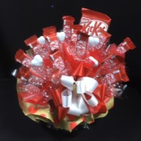 24 - CHOCOLATE BOUQUET - KIT KAT FUN