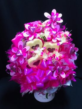 15 - FRENCH PROVENCALE CHOCOLATE BOUQUET (PINK)