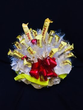 17 - CHOCOLATE BOUQUET - LOVE MY TOBLERONE