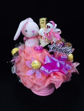 16 - WATERING CAN -w- CHOCOLATES & BUBBLES - BABY GIRL