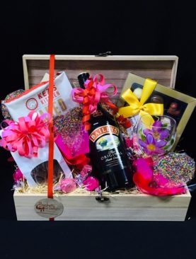 58 - BAILEYS IRISH CREAM HAMPER