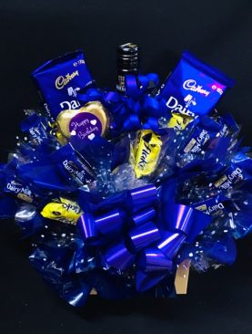 12 - CHOCOLATE BOUQUET - WINE AND CHOCOLATES