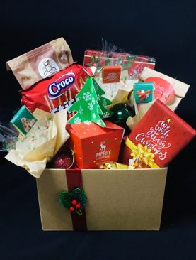08 - CHRISTMAS TREATS - FESTIVE CELEBRATIONS